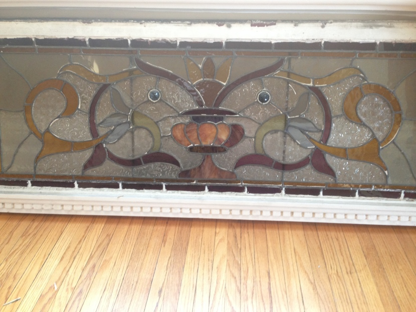 look a the original dentil trim!